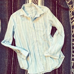 GAP NWT button down striped long sleeve sz medium